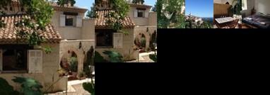 Homestay - Saint Paul's Hills in Provence
